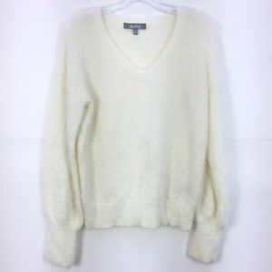 Marled White Long Sleeve Pullover Sweater